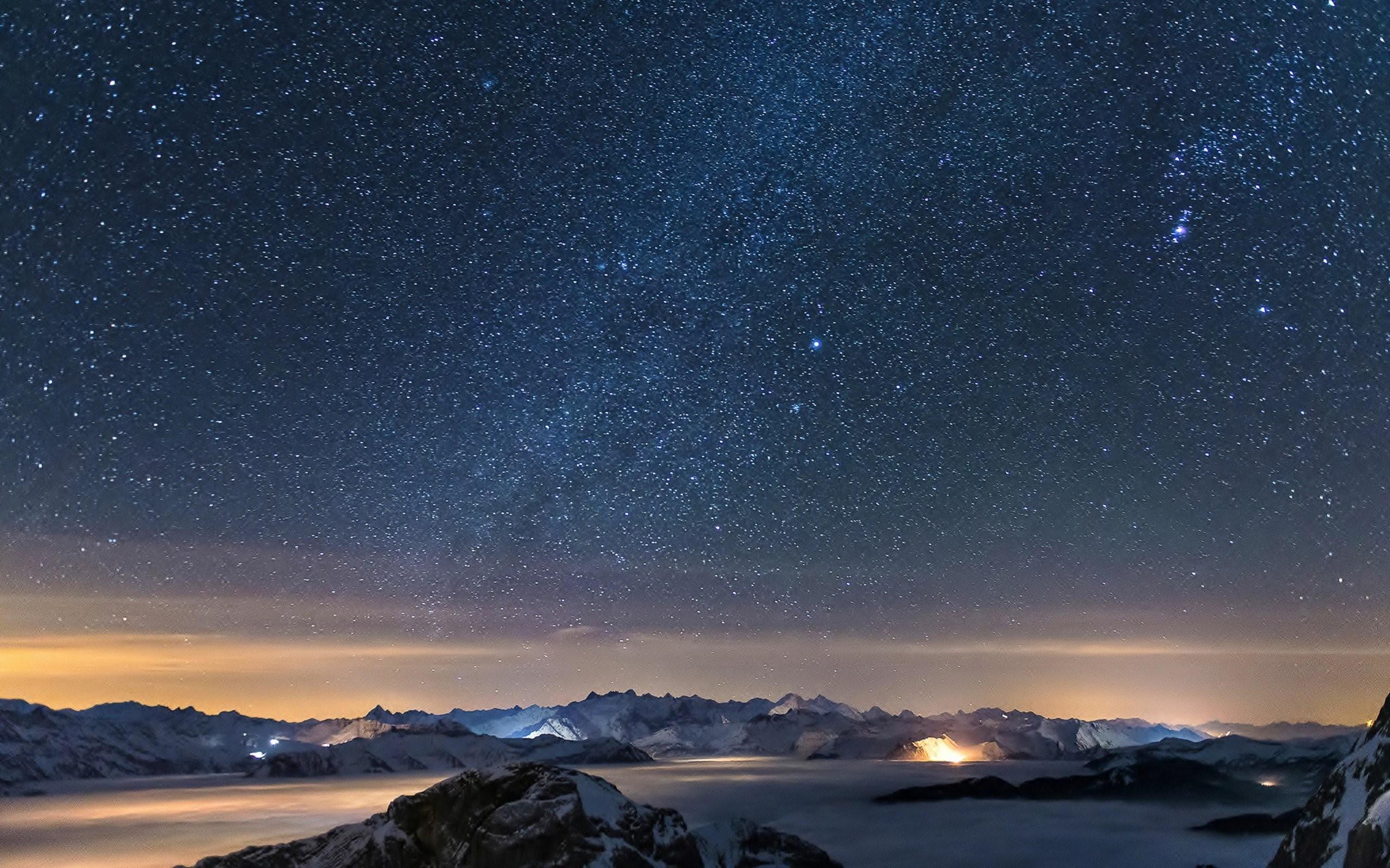 ночь звезды освещение горы скачать